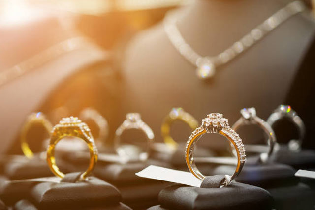 781da9d21f9411 Achat bijoux ancien à Genève, Suisse : Vendre ses Bijoux ?